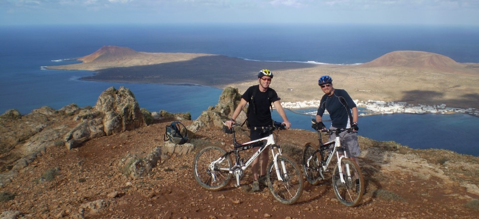 Around Lanzarote on Mountainbike in 5 days